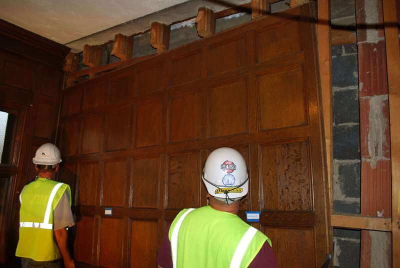 Naumburg-Suite-Harvard-Art-Museums-Preservation-Carpenters-During-Removal-of-Paneling-RESIZED
